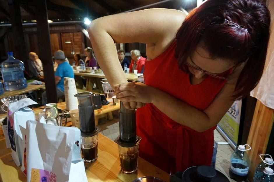 """Miniatura zdjęcia: """"Dylematy między kawą i herbatą"""" - Fotka 10"""